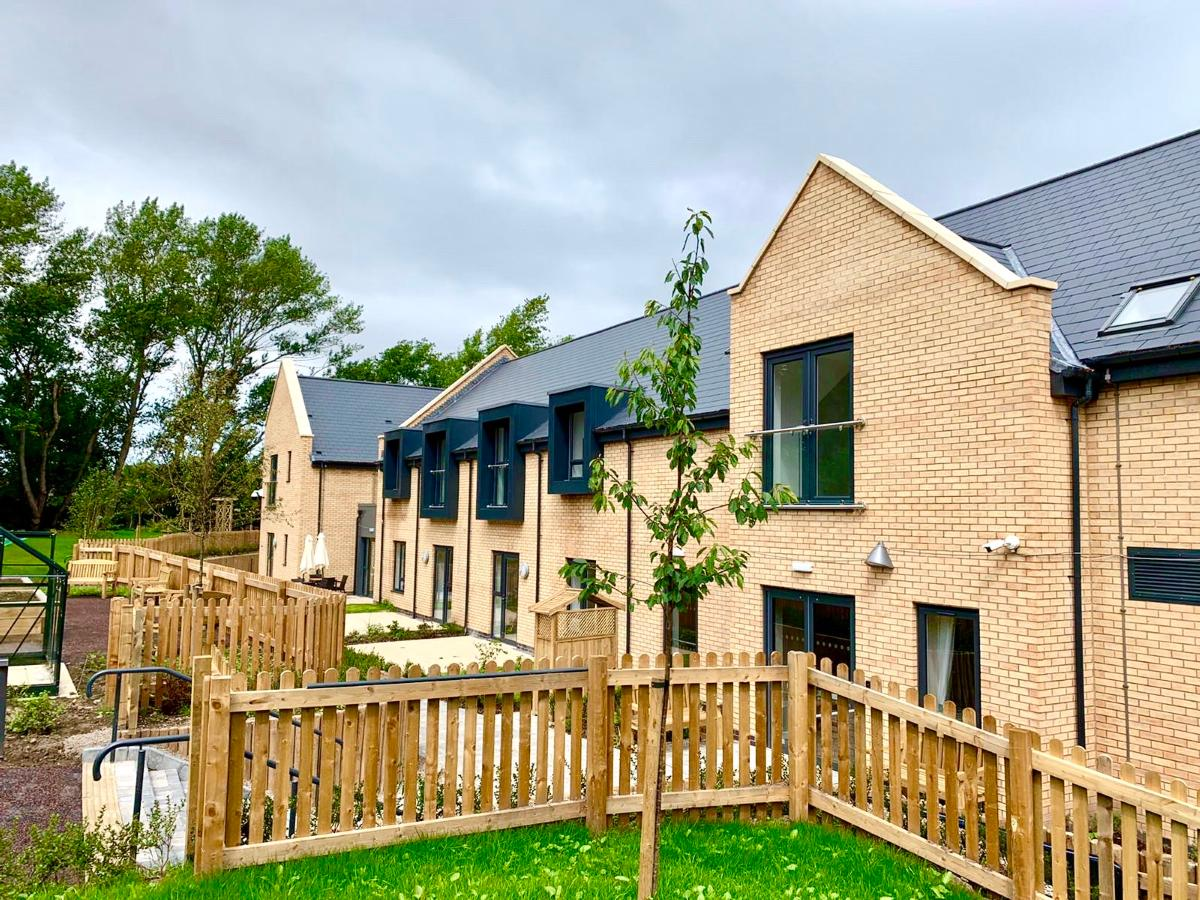 Barncroft Extra Care Scheme external picture with garden